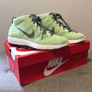 New Nike Flyknit Chukka Wolf Gray/Electric Green